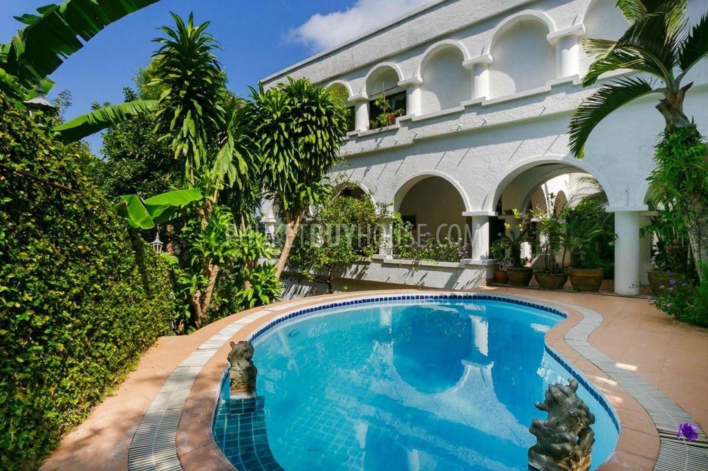 普吉岛山坡上宽敞的海景豪宅KATA区:KAT5996