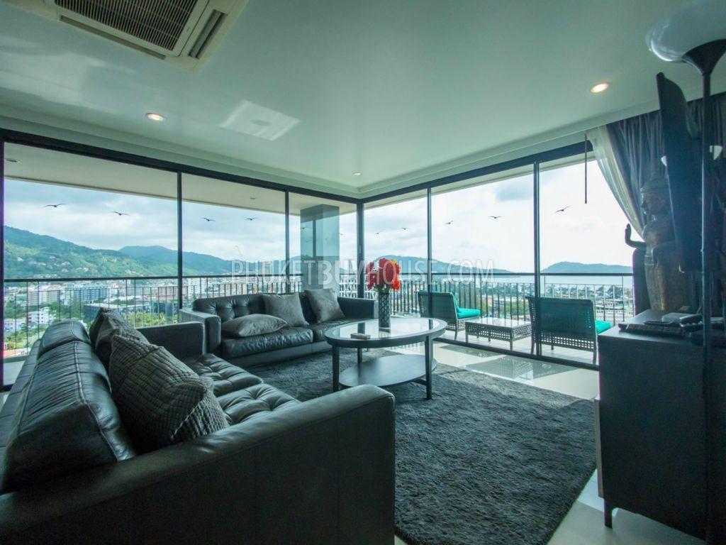 PAT6049:舒适的阁楼,在巴东可以看到迷人的海景