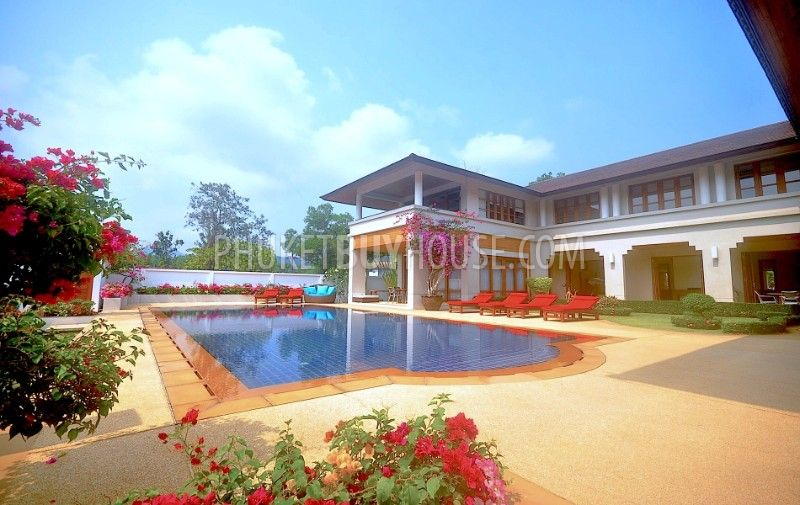 KTH6071:湖光山色,高尔夫球场环绕的私人豪宅别墅