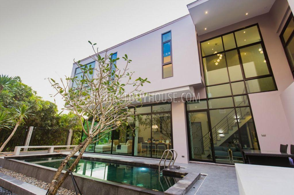 普吉岛3室别墅在豪华的小区BANG TAO区:CHE6085