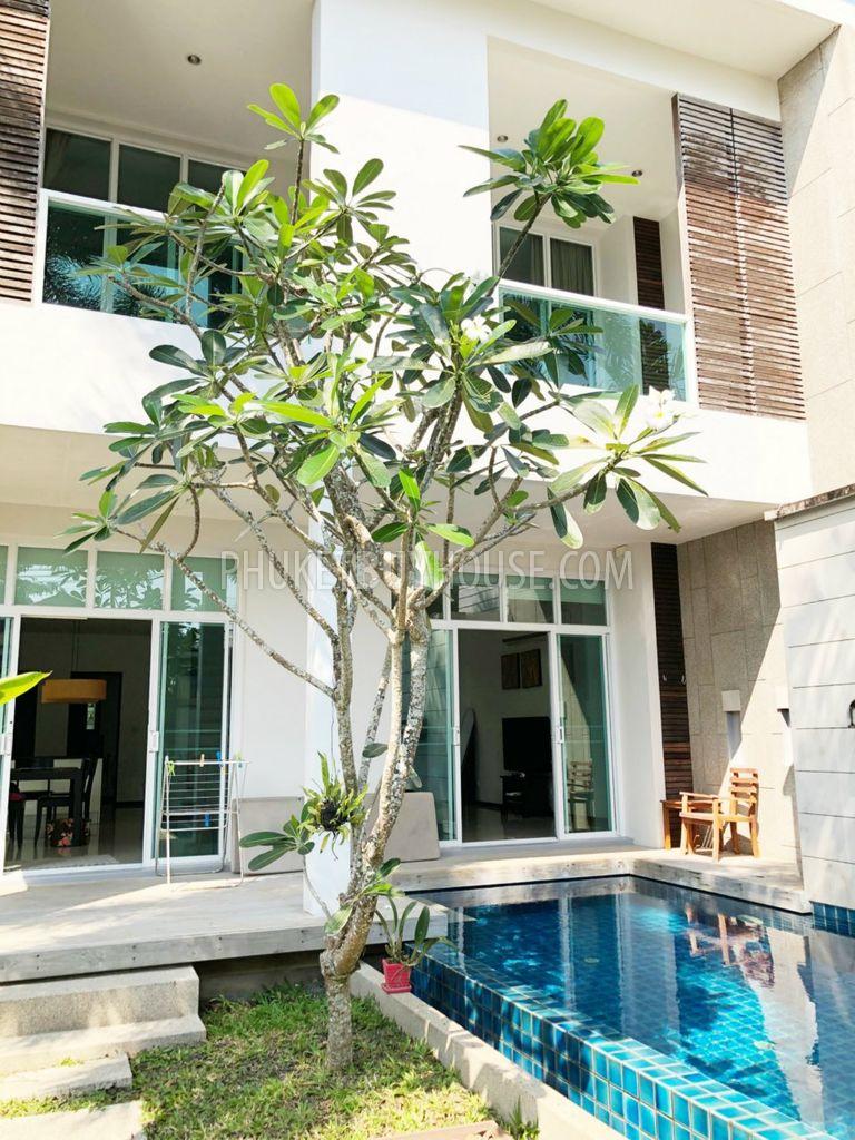 NAI6313: 3 Bedrooms Villa For Sale in Nai Harn - Phuket Buy House