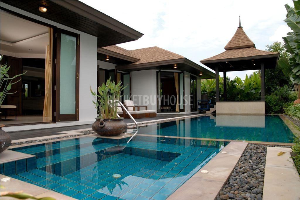 Nai1405 contemporary thai pool villa naiharn phuket phuket buy house for Villas in uk with swimming pool
