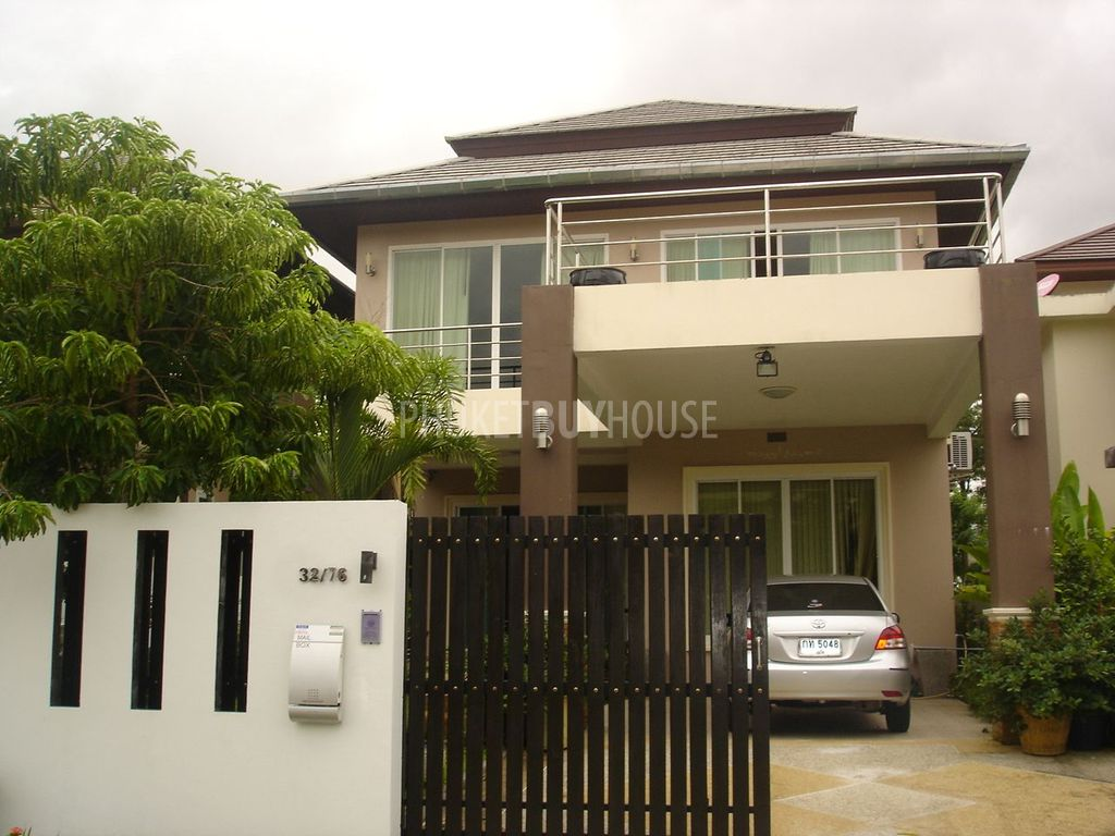 Modern house thailand for Thai modern house style