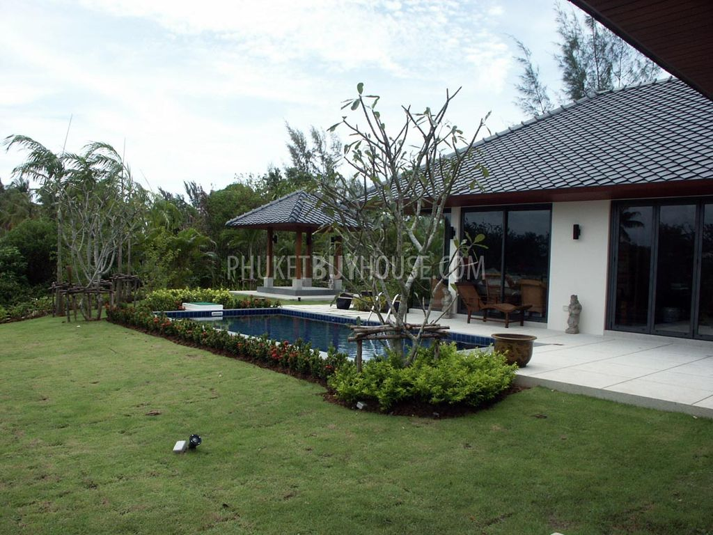 Raw4894 cozy private pool villa in quiet gated estate for Buy house com
