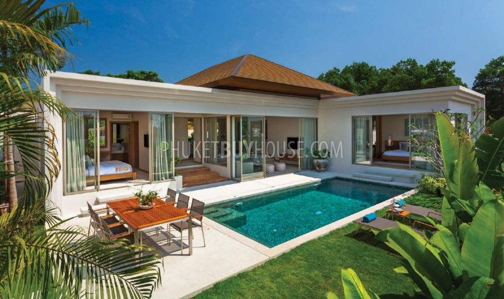 Ban4769 beautiful peaceful villas with tropical garden for Pool garden house
