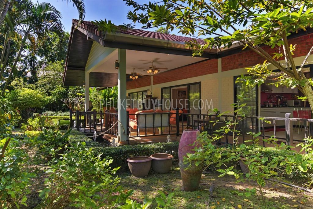 Cha5403 Big 3 Bedroom Bungalow At Chalong With Big Garden And Pond With Fish Phuket Buy House