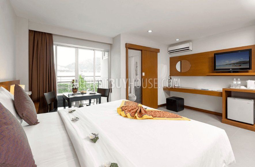 Pat5006 hot deal one bedroom apartments in patong for Patong apartments